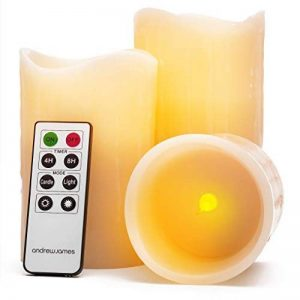 Andrew James Bougies à LED en Cire Véritable Parfumées - Lot de 3 - Parfum Vanille et Imitation Flamme - Télécommande et Minuterie (Eclat Naturel) de la marque Andrew James image 0 produit