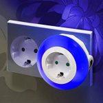 Auraglow Veilleuse automatique LED multicolore avec capteur photosensible pour une lumière du crépuscule à l'aube munie d'une prise électrique de la marque Auraglow image 2 produit