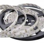 Auralum® 5M RGB Color SMD 5050*150 Leds 12V 36W 2250LM IP65 LED Bande Strip Flexible + 44 Key Contrôleur + DC 12V Source de Courant de la marque AuraLum image 1 produit