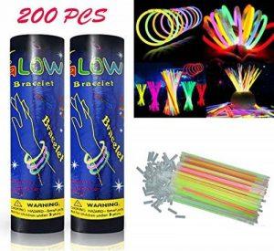 HHD® Lot de 200 Bâtons lumineux fluorescents, Glowsticks, Fluos Lumineux! Bracelets fluorescents lumineux, 7 couleurs différentes avec connecteur ! Couleurs tendance! 200mm x 6mm. Idéal pour le fête! de la marque HHD image 0 produit
