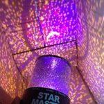 Lampe de Projecteur Générique Coloré Crépuscule Romantique Etoile du Ciel Lampe de Nuit Lumineux Etoilé LED Enfants Lumière de Lit pour Lumière de Noël (Violet) Decor Komener de la marque Komener image 3 produit