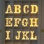 Lampe LED Uxpiang en forme de lettre pour proposition de mariage romantique - Blanc - À poser ou à suspendre, &, zoll de la marque Upxiang image 4 produit