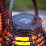 Lights4fun Lot DE 2 Lanternes LED Solaires Effet Rotin pour Jardin de la marque Lights4fun image 2 produit