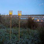 Lights4fun Lot de 2 Torches de Jardin en Bambou avec Bougie LED à Piles de la marque Lights4fun image 1 produit