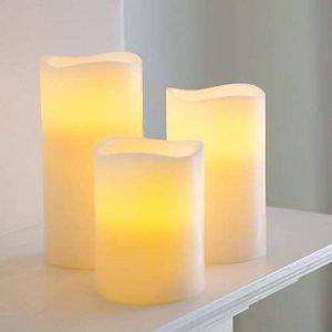 Lights4fun Lot de 3 Bougies Piliers LED à Piles en Cire Véritable avec Programmateur 6h de de la marque Lights4fun image 0 produit