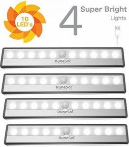 RuneSol® Lampes Détecteur de Mouvement rechargeables / 4 x 10 bandes LED lumineuses / Pack de 4 barres veilleuses super éclairantes/Bande LED sans fil Lumière d'armoire, Escalier, Placard tiroir de la marque RuneSol image 0 produit
