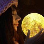 Soriace® 3D Lune Lampe, Rechargeable Interrupteur Tactile Lumière de Nuit de Chambre Clair de Lune, Idéal pour un Anniversaire Noël (13CM) de la marque Soriace image 1 produit