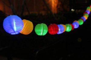 Uping Guirlande Lumineuse Lampion Chaîne Solaire 20 LED 4.5 mètres Décoration Intérieure et Extérieure pour Noël Jardin Soirée et Cérémonie(Multicolore) de la marque Uping image 0 produit