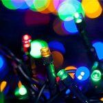 WISD Guirlande Lumineuse Décorative 102.8M 1000 LED sur Câble Vert, Alimentation Électrique, Etanche IP44, 8 Modes d'éclairage, Lumière Décoration Intérieure et Extérieure pour Noël, Sapin, Chambre, Jardin, Fêtes, Mariage - Coloré de la marque WISD image 1 produit