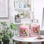 Yankee Candle bougie grande jarre, «Roses fraîchement coupées» de la marque YANKEE CANDLE image 2 produit